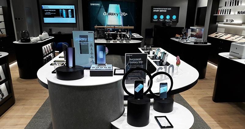 У Blockbuster Mall відкриється Samsung Experience Store. Яким буде новий магазин?