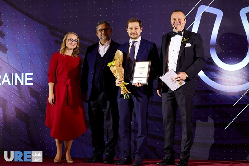 Results of IV EE Real Estate Forum & Awards: recognition of NAI Ukraine as a broker of the year, meetings with international developers, discussion on the future of development