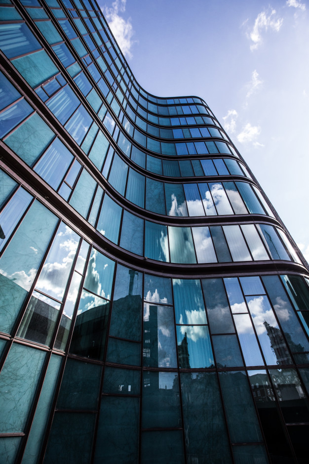 4 Tips for First-Time CRE Investors